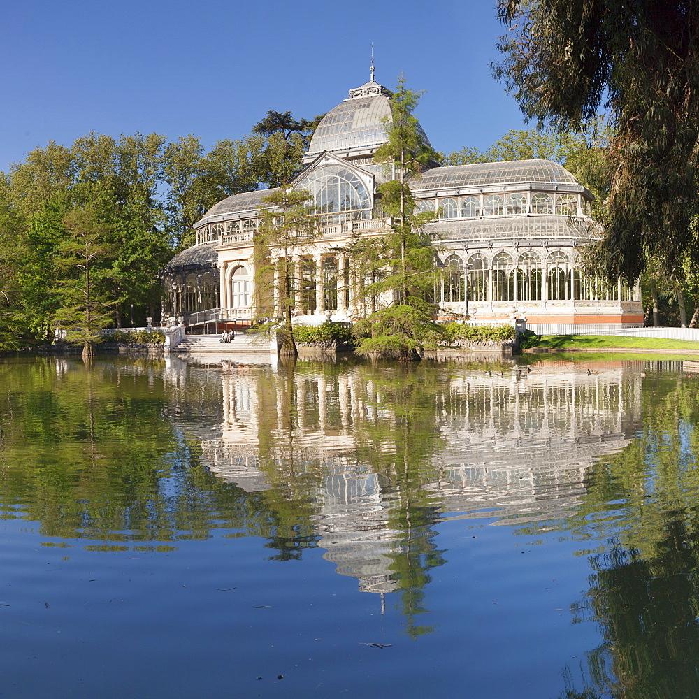 Crystal Palace (Palacio de Cristal), Retiro Park, Parque del Buen Retiro, Madrid, Spain