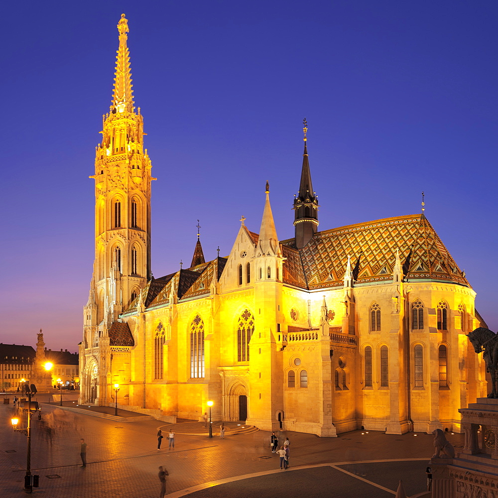 Matthias Church, Fisherman's Bastion, Buda Castle Hill, Budapest, Hungary, Europe
