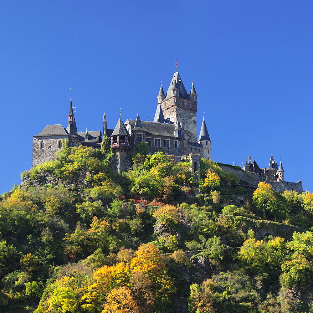 Reichsburg Castle in autumn, Cochem, Moselle Valley, Rhineland-Palatinate, Germany, Europe - 1160-3816