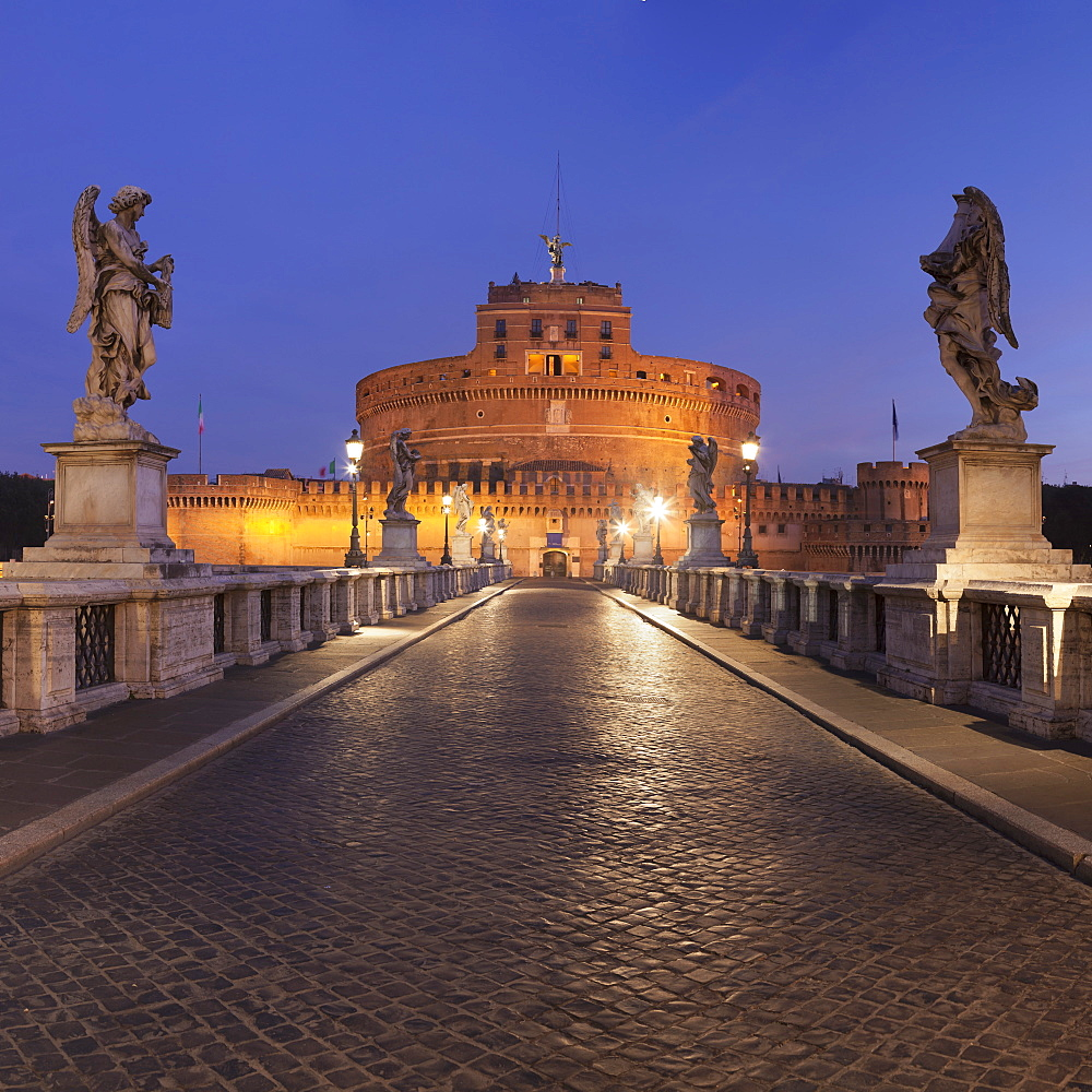 Mausoleum of Hadrian, Castel Sant'Angelo, Ponte Sant'Angelo Bridge, UNESCO World Heritage Site, Rome, Lazio, Italy, Europe - 1160-3876