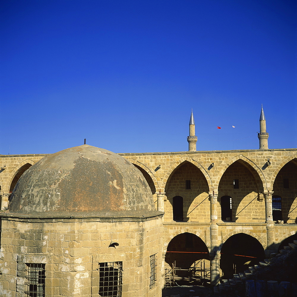 Mescit (prayer room) on six columns, 16th century Ottoman caravanserai built as a travellers' inn, Buyuk Han, Nicosia, Northern Cyprus, Cyprus, Europe - 391-7171