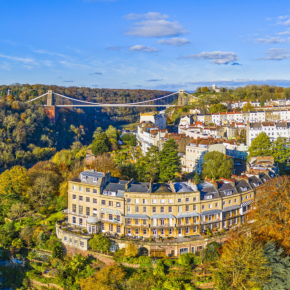 Clifton Suspension Bridge spanning the River Avon and linking Clifton and Leigh Woods, Bristol, England, United Kingdom, Europe - 794-4774
