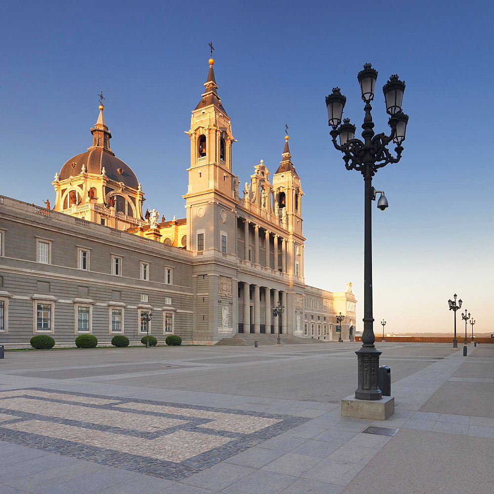 Almudena Cathedral, Santa Maria la Real de La Almudena, Plaza de la Armeria, Madrid, Spain, Europe