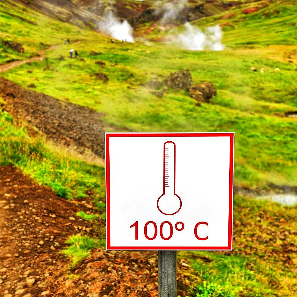 Shield, 100 degrees Celsius, warns of boiling hot water, geothermal area Reykjadalur, Hverageroi, Hveragerdi, Iceland, Europe - 832-385135