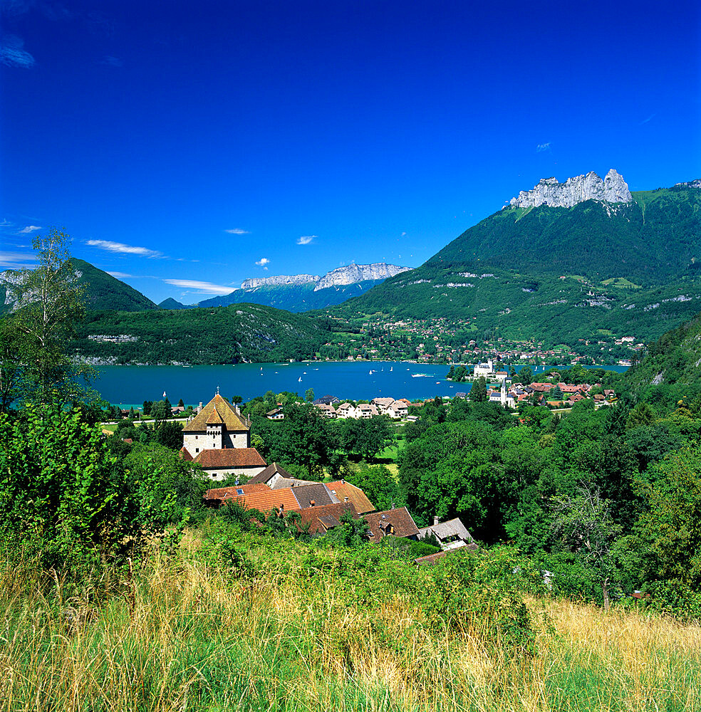 View over village to lake, Duingt, Lake Annecy, Rhone Alpes, France, Europe - 846-526