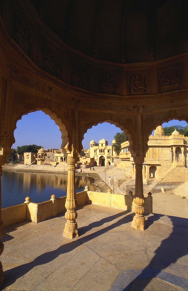 Tilon Ki Pol, Gadi Sagar, Rajasthan, India - 1-40244