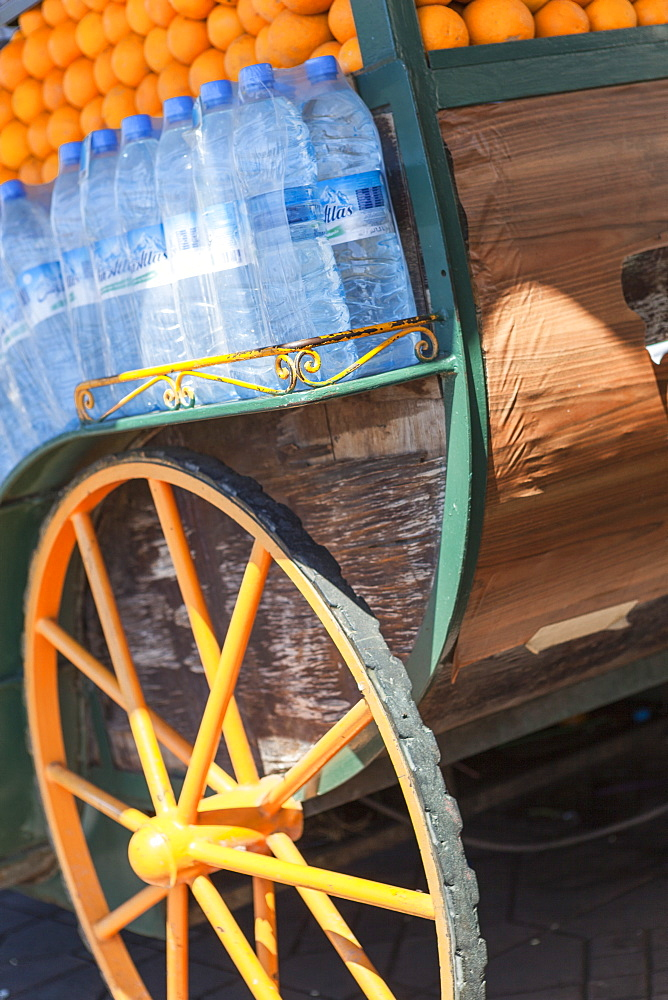 The cart of an orange juice seller in Jemaa El Fna, Marrakesh, Morocco, North Africa, Africa
