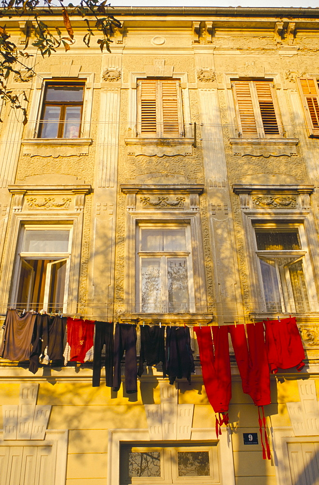 Washing line of colourful laundry in Old Town Buzet, hilltop village, Buzet, Istria, Croatia, Europe