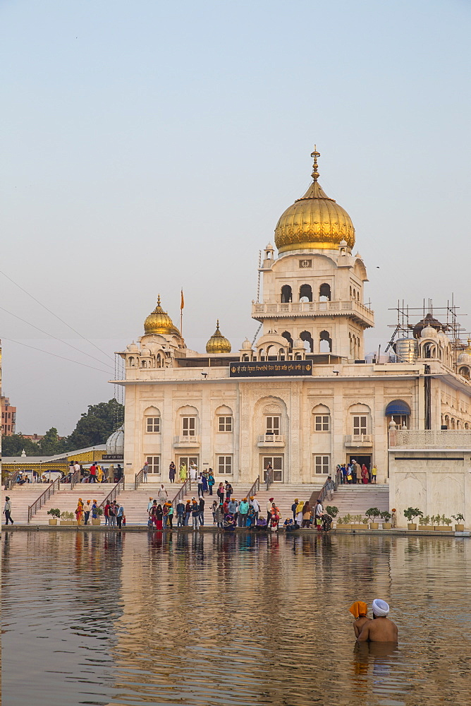 Gurdwara Bangla Sahib, a Sikh temple, New Delhi, Delhi, India, Asia - 1104-1050