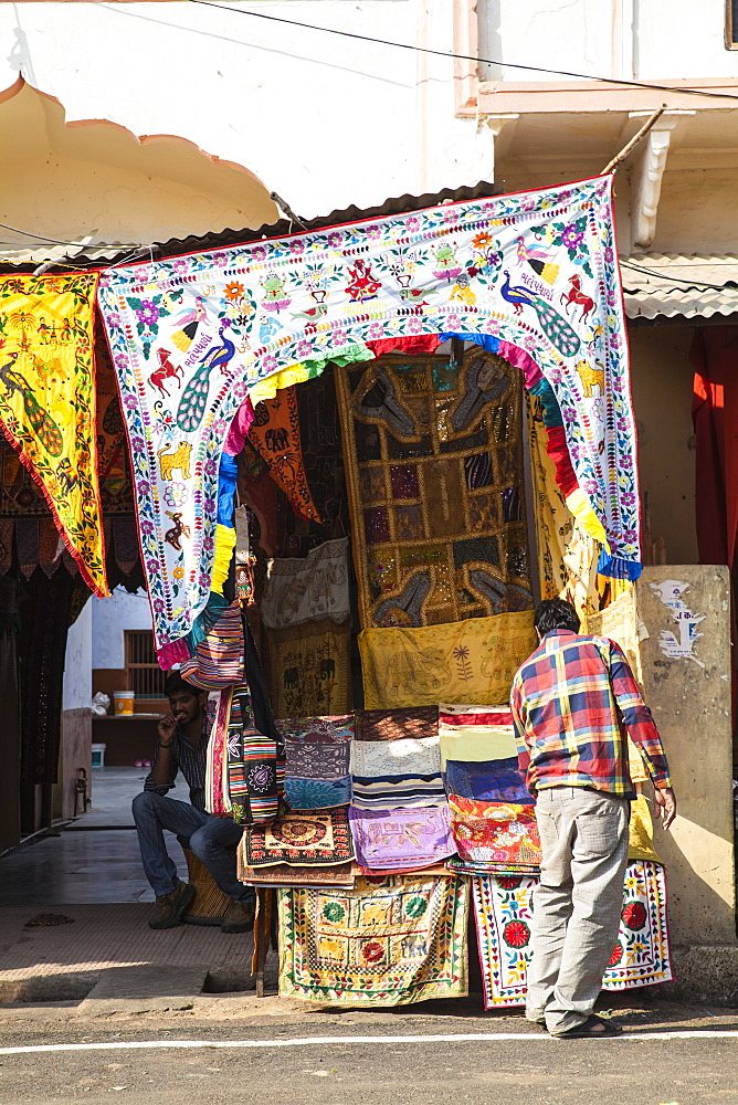 Bazaar shops, Pushkar, Rajasthan, India, Asia