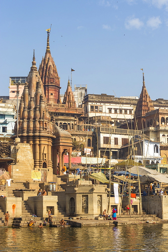 Manikarnika Ghat, the main burning (cremation) ghat, Varanasi, Uttar Pradesh, India, Asia