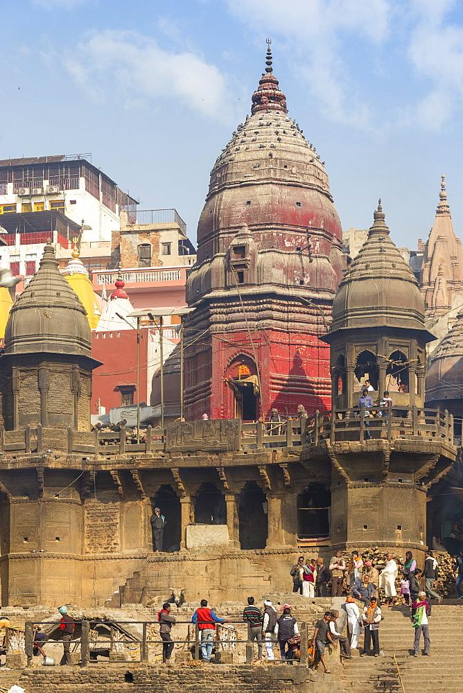 India, Uttar Pradesh, Varanasi, Manikarnika Ghat - The main burning ghat