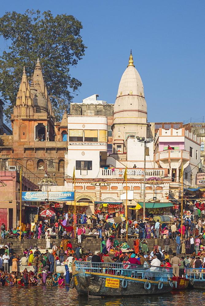 India, Uttar Pradesh, Varanasi, Dashashwamedh Ghat - The main ghat on the Ganges River