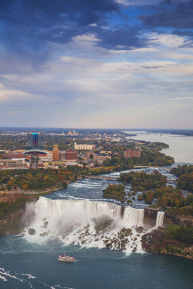 View of the American Falls, Niagara Falls, Niagara, border of New York State, United States of America, and Ontario, Canada, North America
