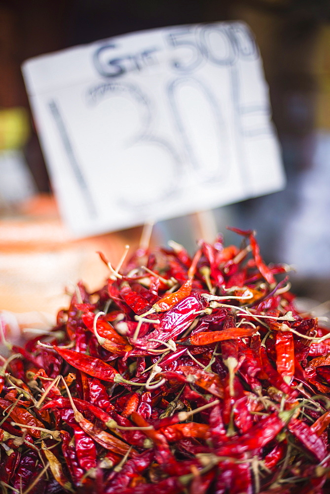 Spicy red chillies, Kandy, Central Province in the Sri Lanka Highlands, Sri Lanka, Asia