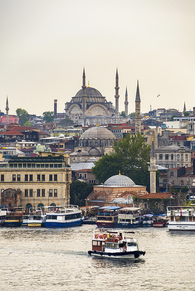 Cruise on the Golden Horn with Mosque behind, Istanbul, Turkey, Europe