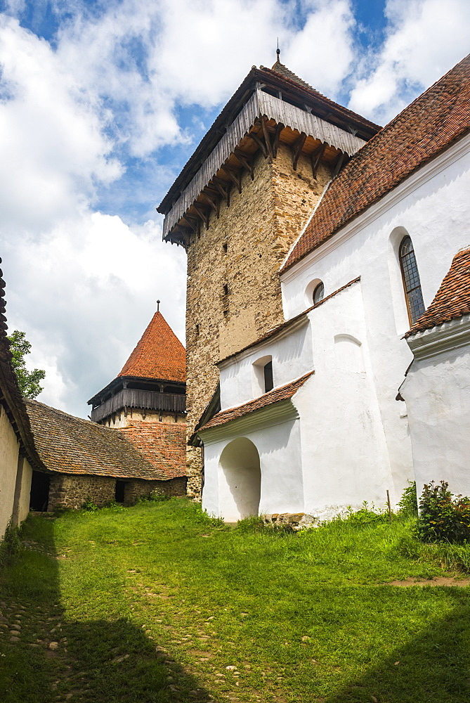 Viscri Fortified Church in Viscri, one of the Villages with Fortified Churches in Transylvania, UNESCO World Heritage Site, Transylvania, Romania, Europe