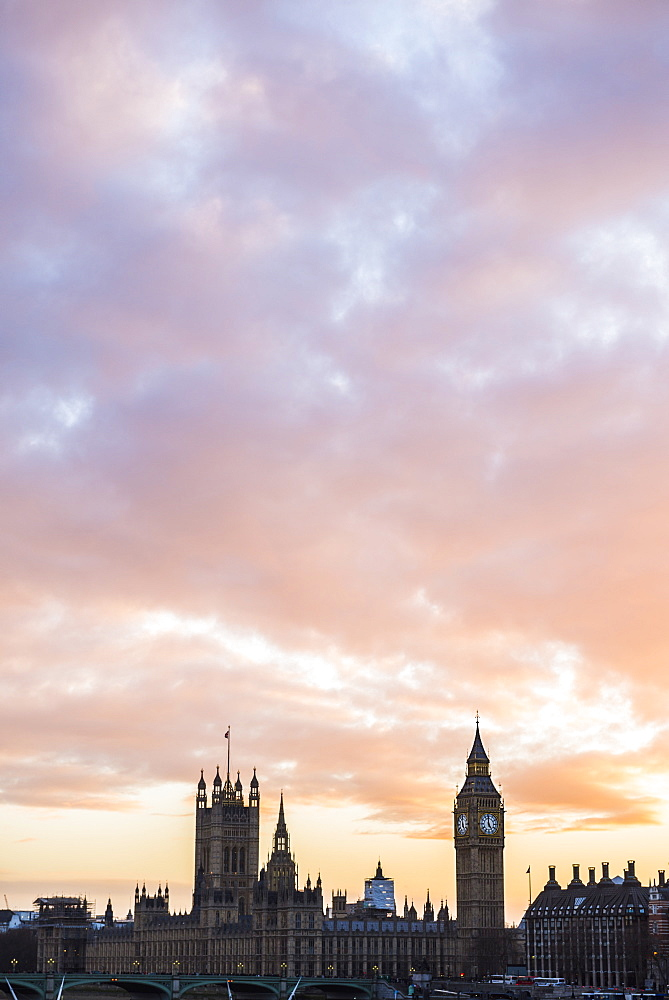 Big Ben and Houses of Parliament at sunset, UNESCO World Heritage Site, London Borough of Westminster, London, England, United Kingdom, Europe