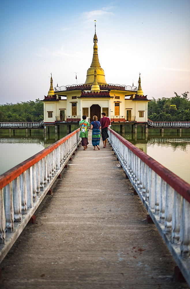 'Snake Temple' (Mwe Paya) at sunset, Dalah, accross the river from Yangon, Myanmar (Burma) - 1109-3704