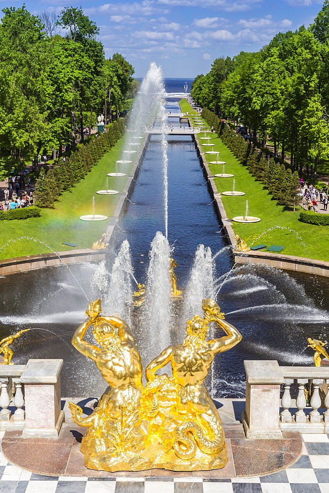 The Grand Cascade of Peterhof, Peter the Great's Palace, St. Petersburg, Russia, Europe