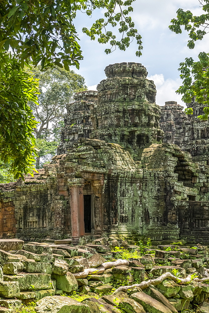 Rear entrance of ruined temple in forest, Banteay Kdei, Angkor Wat, Siem Reap, Siem Reap Province, Cambodia