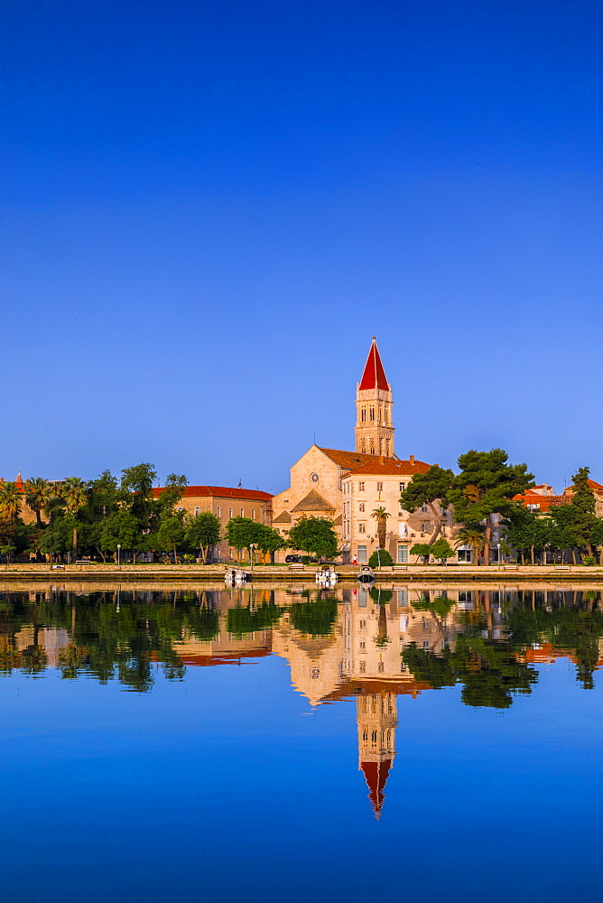 The Cathedral of St. Lawrence, Trogir, Dalmatian Coast, Croatia, Europe