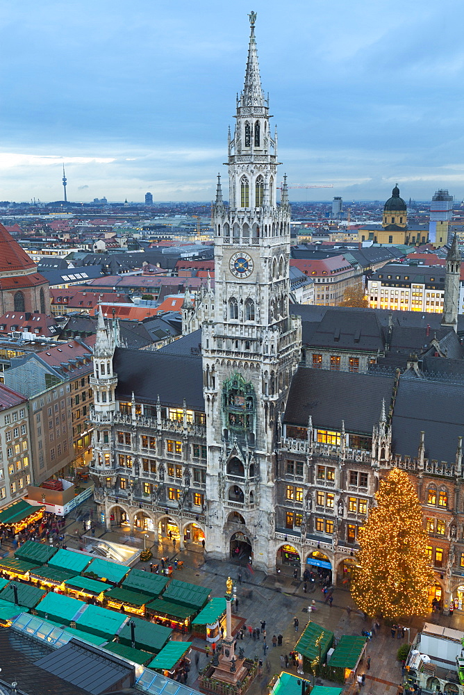 Overview of the Marienplatz Christmas Market and the New Town Hall, Munich, Bavaria, Germany, Europe