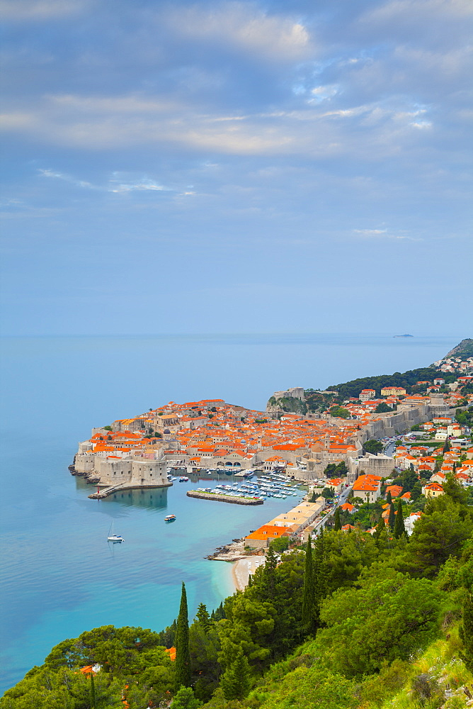 Elevated view over Stari Grad (Old Town), UNESCO World Heritage Site, Dubrovnik, Dalmatia, Croatia, Europe