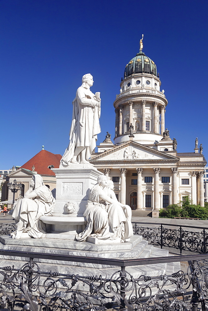 Franzoesischer Dom (French Cathedral), Schiller memorial, Gendarmenmarkt, Mitte, Berlin, Germany