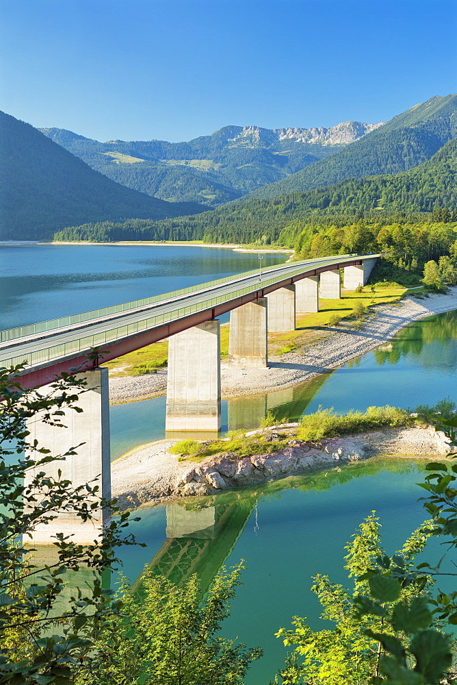 Bridge over Sylvensteinsee lake near Lenggries, Deutsche Alpenstrassee (German Alpine Route), Upper Bavaria, Bavaria, Germany, Europe