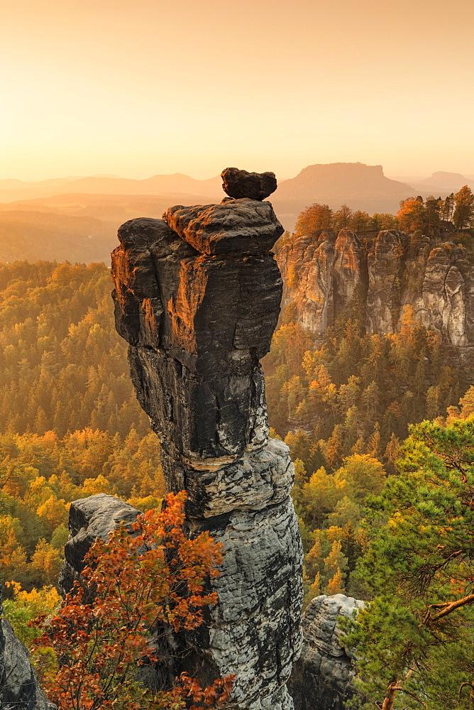 Wehlnadel Rock and Bastei Rocks, Elbsandstein Mountains, Saxony Switzerland National Park, Saxony, Germany - 1160-4009