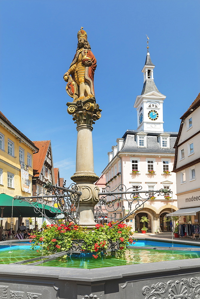 Old town hall and fountain at market place, Aalen, Swabian Jura, Baden-Wuerttemberg, Germany