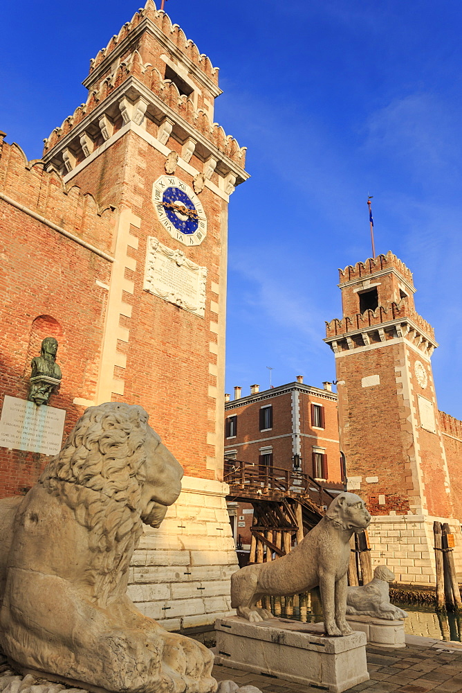 Carved lions, Arsenale entrance (naval shipyard), in winter afternoon sun, Castello, Venice, UNESCO World Heritage Site, Veneto, Italy, Europe