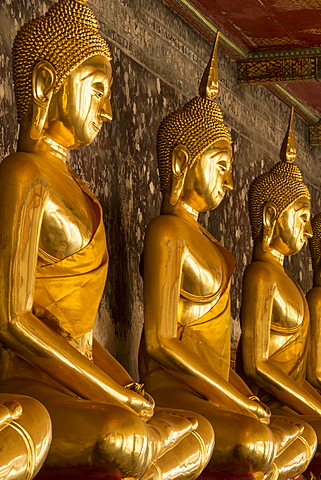 Rows of gold Buddha statues, Wat Suthat temple, Bangkok, Thailand, Southeast Asia, Asia - 1170-200