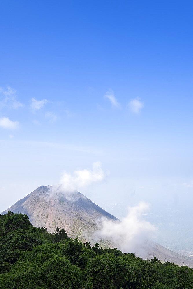 The summit of Cerro Verde in Cerro Verde National Park, El Salvador, Central America