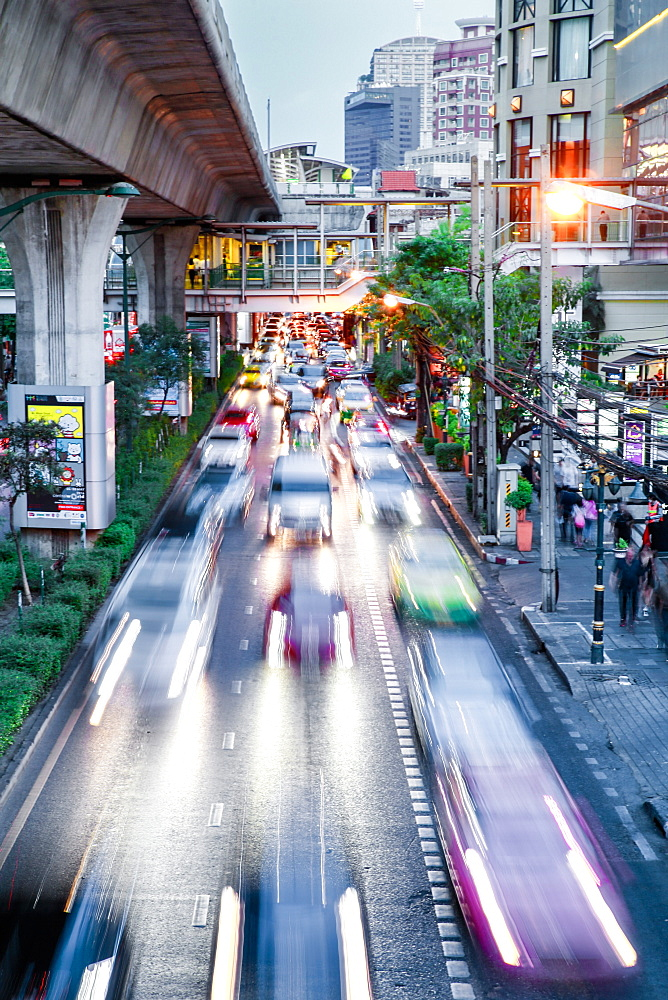Sukhumvit Road traffic in rush hour, Bangkok, Thailand, Southeast Asia, Asia
