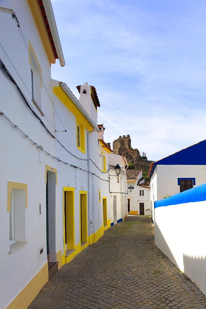 Streets in Alegrete, a dramatic Portuguese medieval hill-top village near Portalegre in the Alentejo region bordering Spain, Portugal, Europe