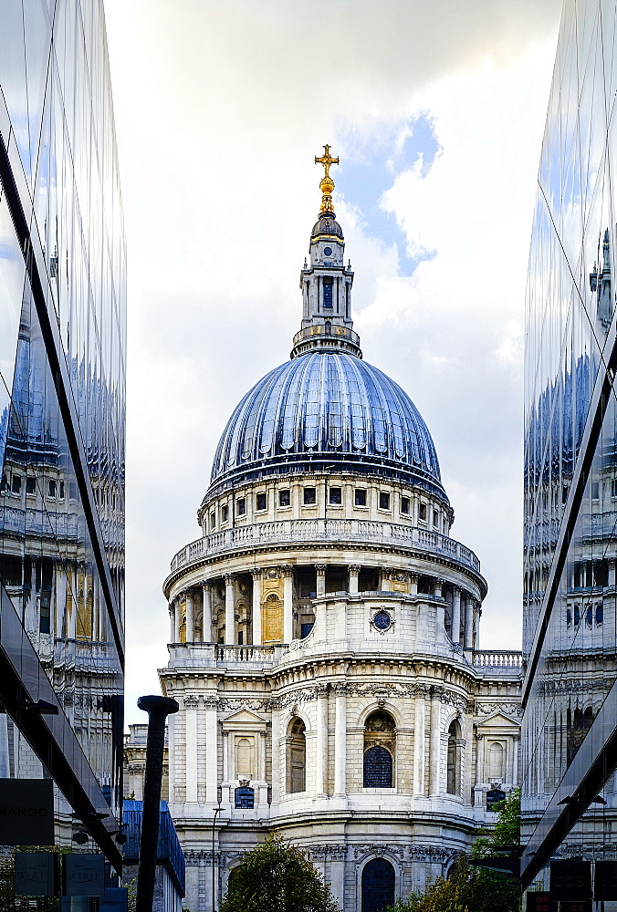 St. Paul's Cathedral, from One New Change, City of London, London, England, United Kingdom, Europe - 1176-821
