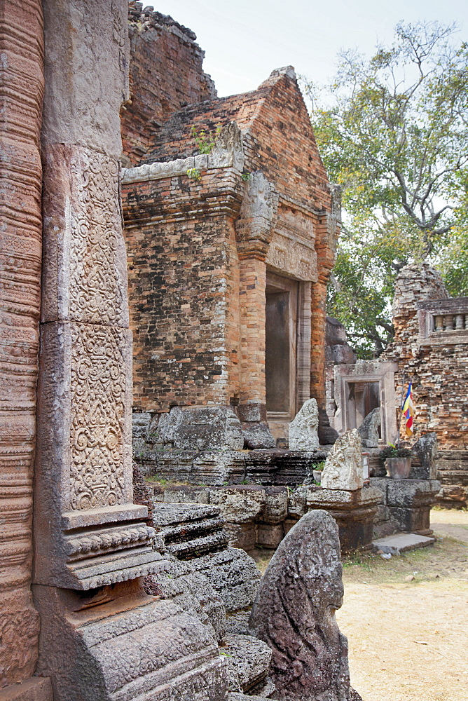 A Khmer temple on Chi Sor Mountain, Takeo, Cambodia, Indochina, Southeast Asia, Asia - 1176-930