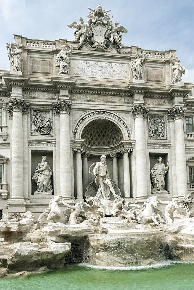 The Trevi Fountain, famously featured in the film La Dolce Vita, Rome, Lazio, Italy, Europe - 1176-945