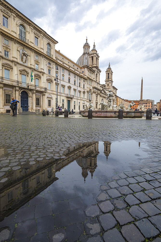Piazza Navona with Fountain of the Four Rivers and the Egyptian obelisk, Rome, Lazio, Italy, Europe