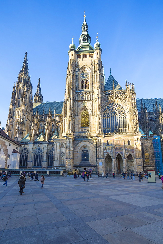 The gothic Cathedral of St. Vitus, Old Town Square, UNESCO World Heritage Site, Prague, Czech Republic, Europe