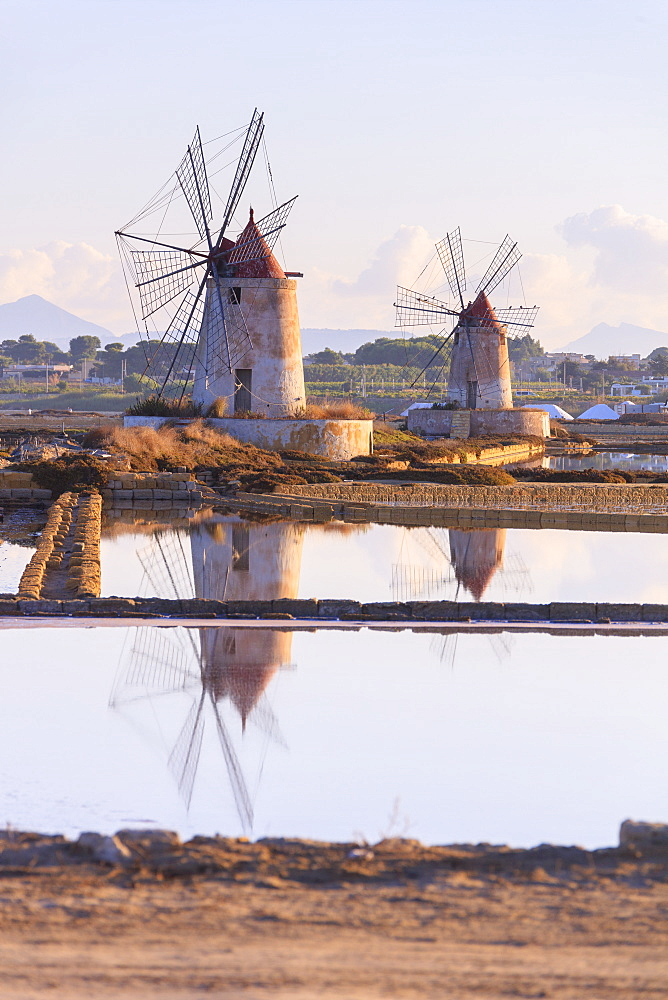 Windmills and salt flats at dawn, Saline dello Stagnone, Marsala, province of Trapani, Sicily, Italy, Mediterranean, Europe