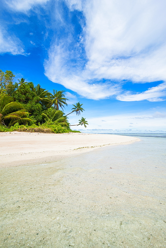 White sand beach and turquoise water, Marine National Park, Tuvalu, South Pacific