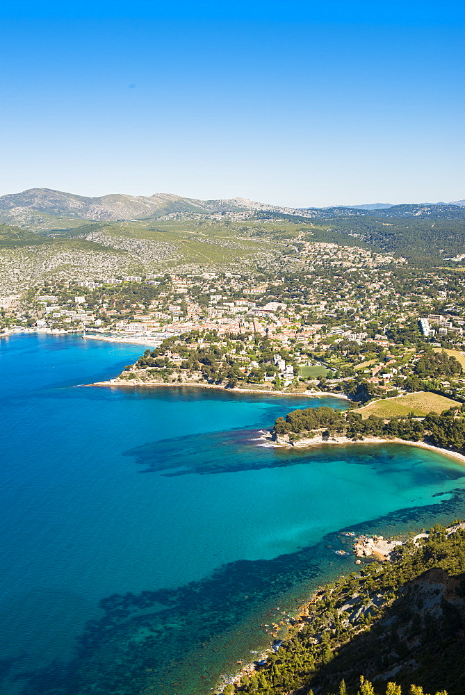 View over Cassis, Bouches du Rhone, Provence, Provence-Alpes-Cote d'Azur, French Riviera, France, Mediterranean, Europe
