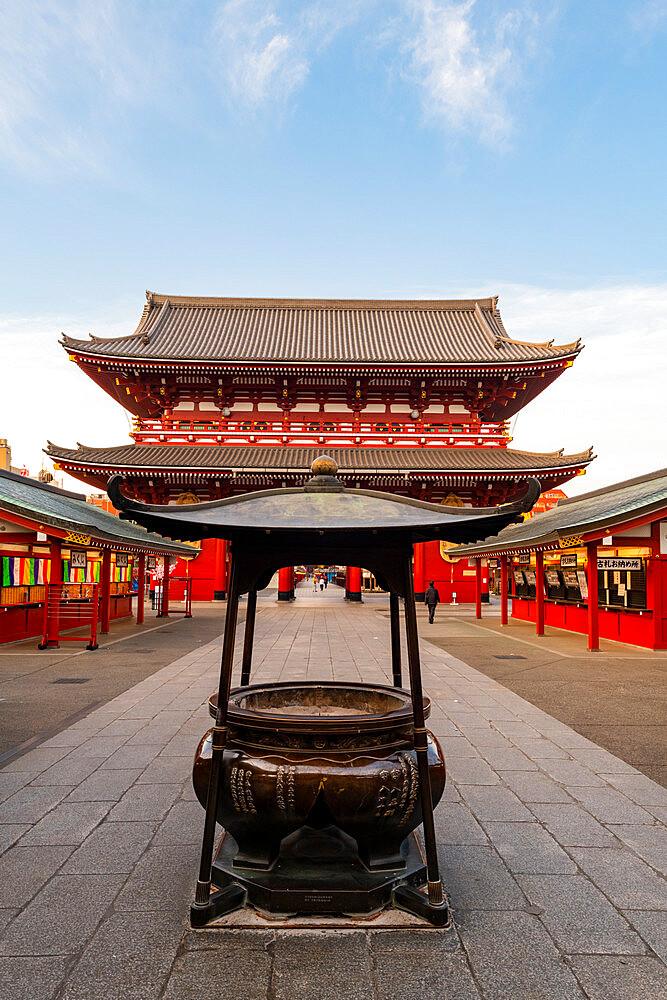 Sensoji Temple in Cherry blossom season - 1186-775