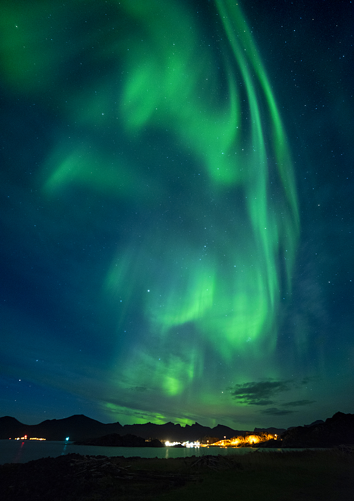 Aurora borealis (Northern Lights) over Hamn, Senja, Norway, Scandinavia, Europe