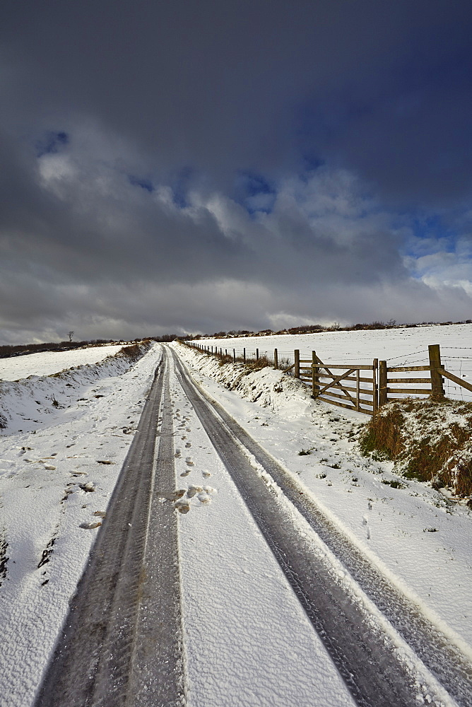 A snowy winter's day on Exmoor's hills, Kinsford Gate, near the village of Brayford, Exmoor National Park, Devon, England, United Kingdom, Europe