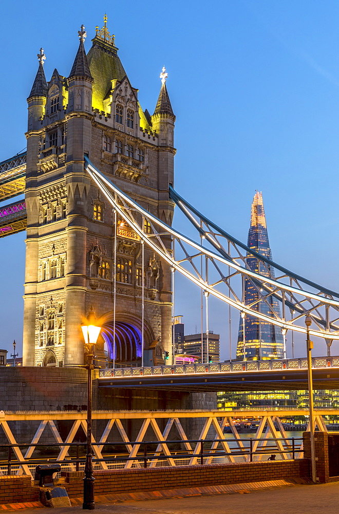 Tower Bridge in early evening light, London, England, United Kingdom, Europe - 1207-582