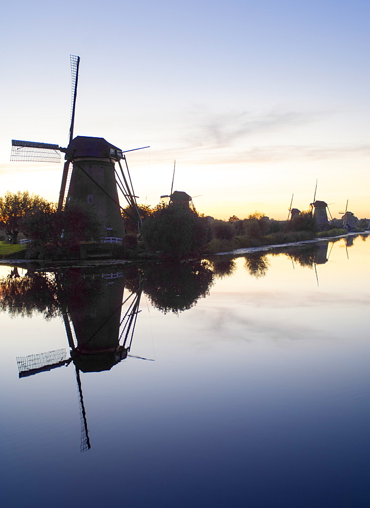 Windmills at Kinderdijk, UNESCO World Heritage Site, near Amsterdam, The Netherlands, Europe